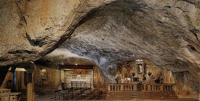Grotta Montesantangelo