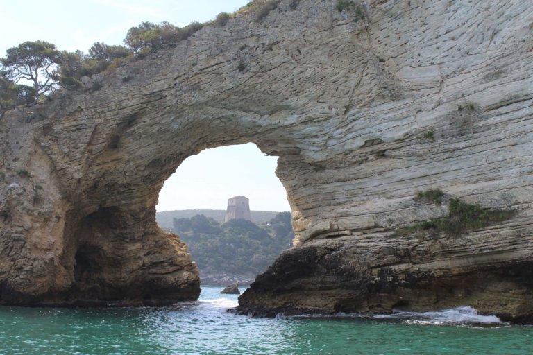 La Baia e l'arco di San Felice