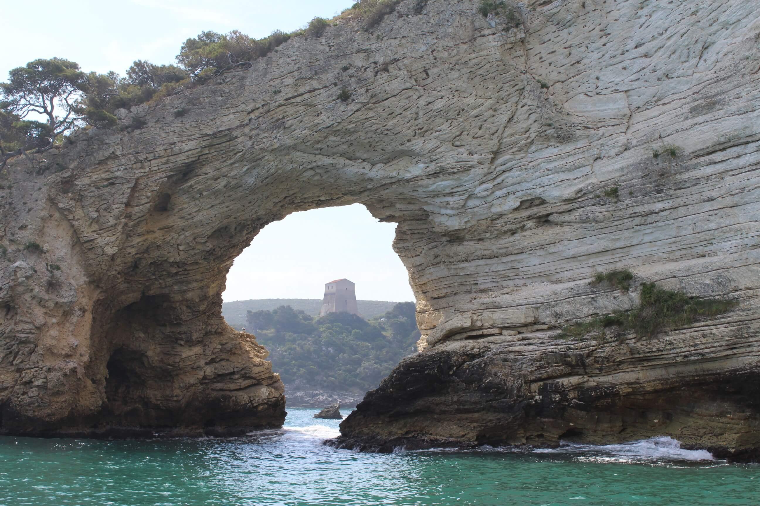Arco di San Felice e la Baia - Vieste