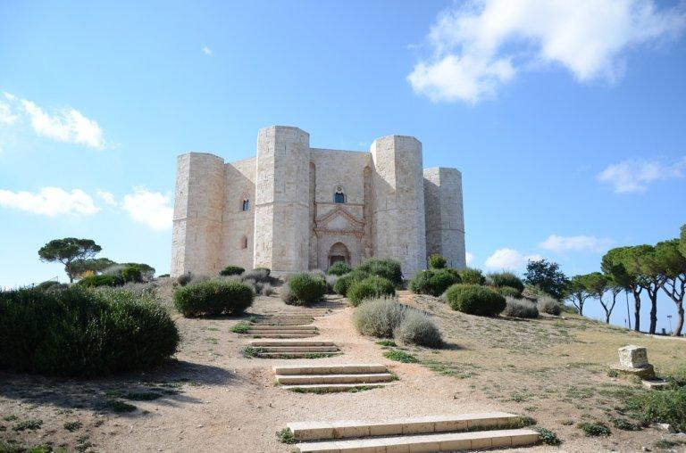 Visita a Castel del Monte, sulle tracce di Federico II