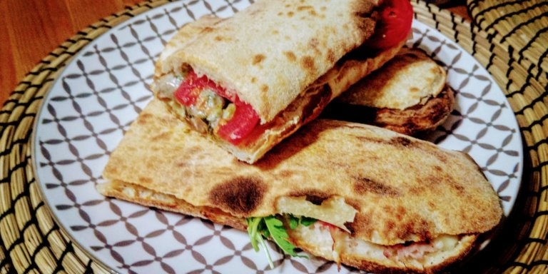 La Paposcia, la regina dello street food del Gargano